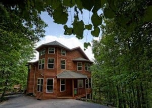 Happy Days 4 bedroom cabin rentals in Gatlinburg TN