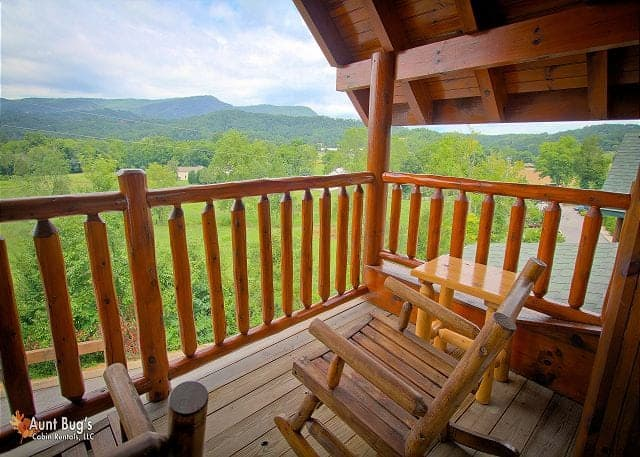 How To Take A Smoky Mountain Vacation For Less Than 200