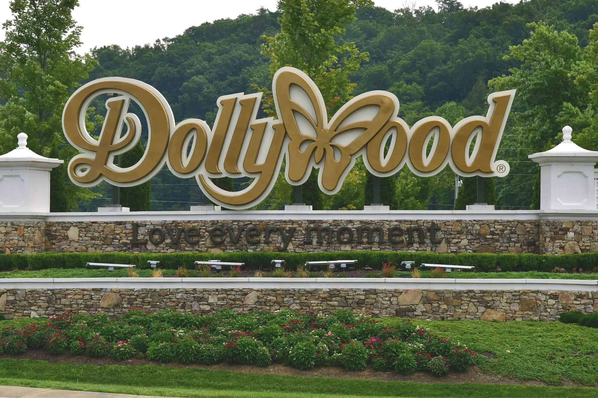 4 Easy Ways to Avoid the Lines at Dollywood Theme Park Dollywood Park Map on